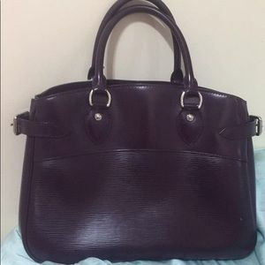 Louis Vuitton LV Purple color handbag!